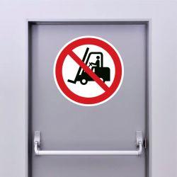 Autocollant Panneau interdit aux chariots élévateurs à fourches et autres véhicules industriels - ISO7010 - P006