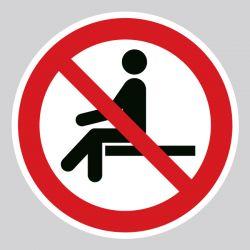Autocollant Panneau interdiction de s'asseoir - ISO7010 - P018