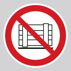 Autocollant Panneau interdit de déposer et entreposer - ISO7010 - P023
