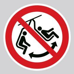 Autocollant Panneau ne pas faire basculer le siège - ISO7010 - P038