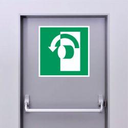 Autocollant Panneau Tourner dans le sens antihoraire pour ouvrir - ISO7010 - E018